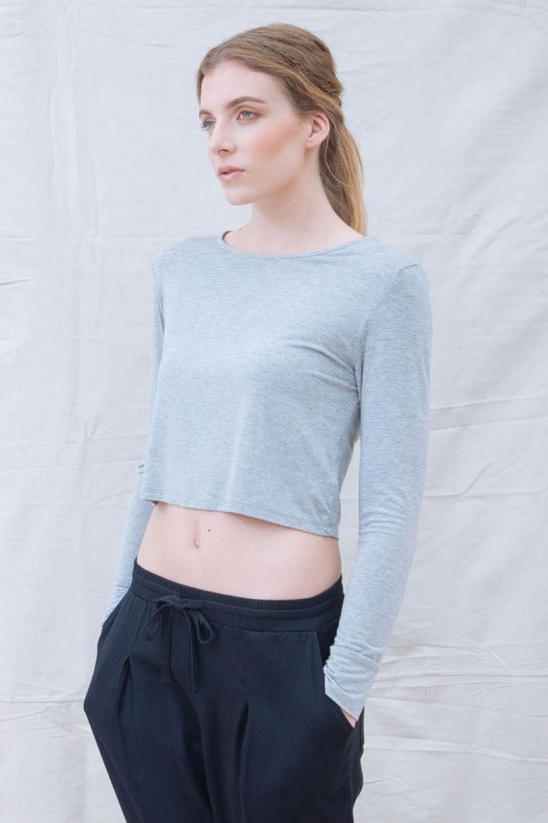 The_Great_Beyond_Bamboo_Crop_Top_Europa_Grey02