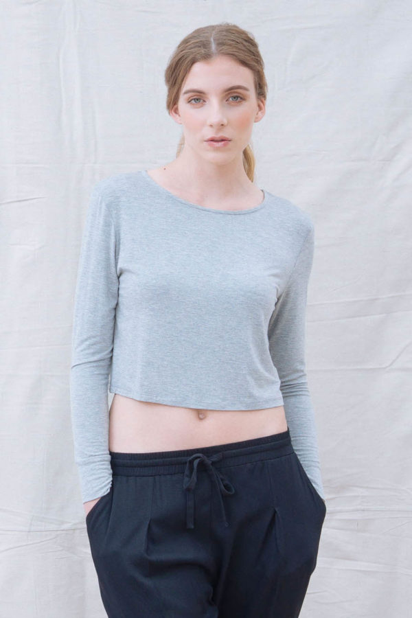 The_Great_Beyond_Bamboo_Crop_Top_Europa_Grey04