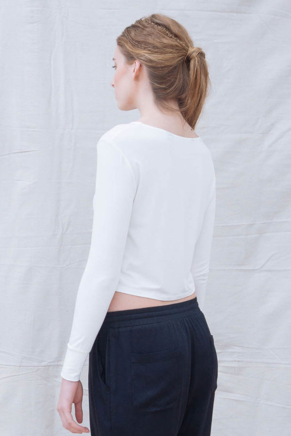 The_Great_Beyond_Bamboo_Crop_Top_Europa_White04