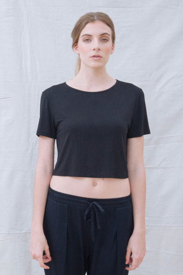 The_Great_Beyond_Bamboo_Crop_Top_Luna_Black01