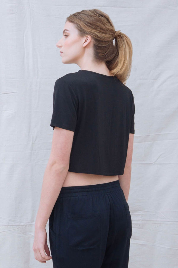 The_Great_Beyond_Bamboo_Crop_Top_Luna_Black03