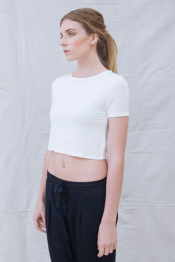 The_Great_Beyond_Bamboo_Crop_Top_Luna_White02