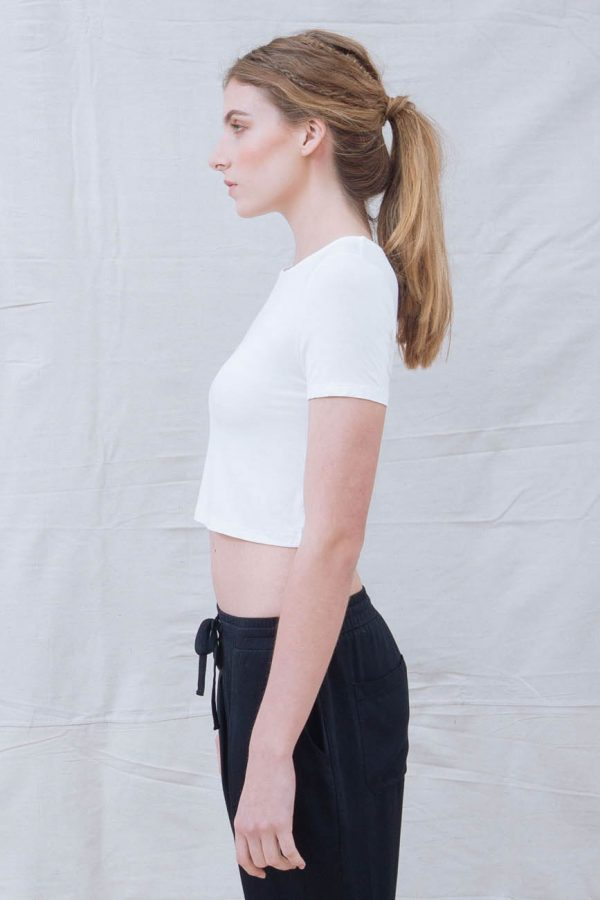 The_Great_Beyond_Bamboo_Crop_Top_Luna_White03