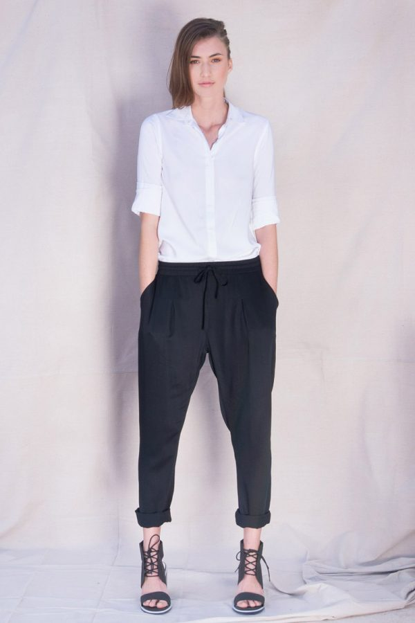 The_Great_Beyond_Bamboo_Pants_Portia_Black03