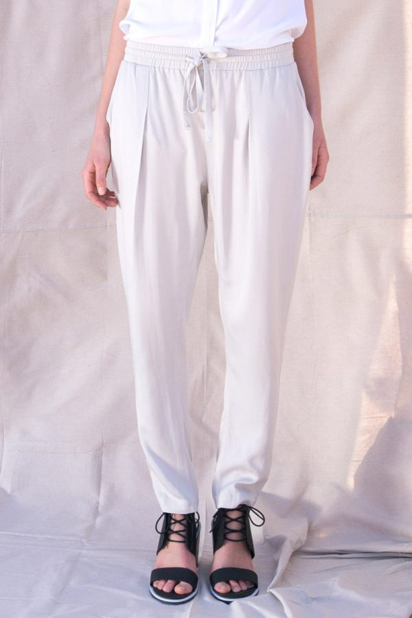 The_Great_Beyond_Bamboo_Pants_Portia_Stone03