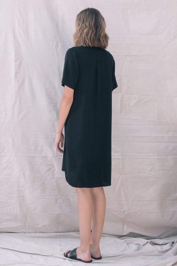 The_Great_Beyond_Bamboo_Shirt_Dress_Bianca_Black03