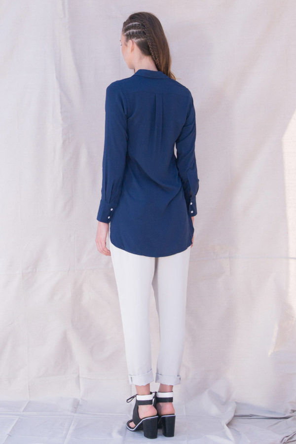 The_Great_Beyond_Bamboo_Shirt_Helene_Blue02