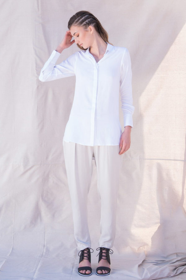 The_Great_Beyond_Bamboo_Shirt_Helene_White01