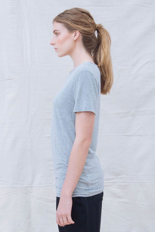 The_Great_Beyond_Bamboo_Top_Luna_Grey02