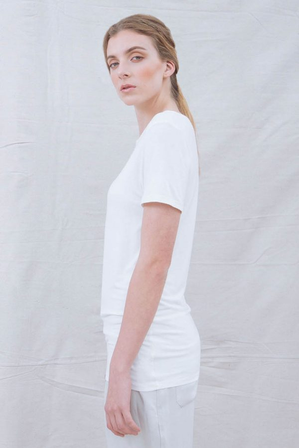 The_Great_Beyond_Bamboo_Top_Luna_White03
